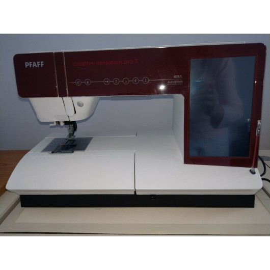 Pfaff Creative Sensation Pro II sewing Embroidery