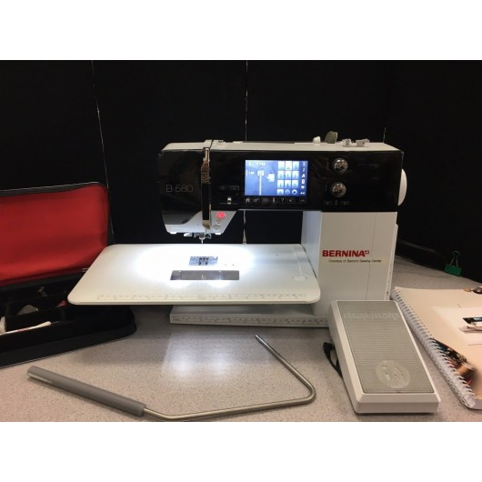 Bernina 580 Embroidery Sewing  Machine